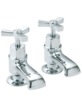 Gracechurch Bath Pillar Taps With Chrome Handles