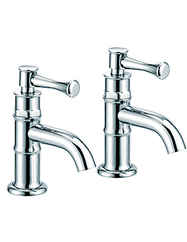 Tait lever Pair of Bath Taps - TTL003